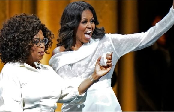 What Did Michelle Obama Wear Onstage With Oprah? A Holiday Top and Pink Power Pumps