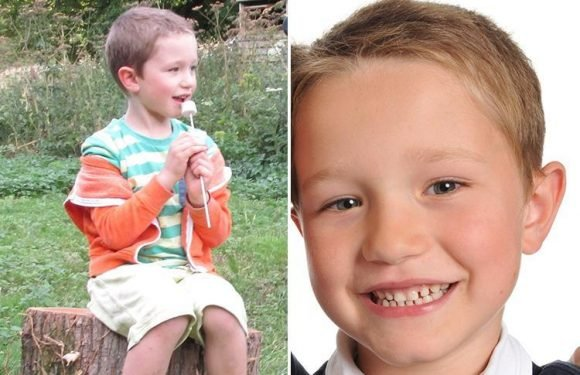 Boy, 11, died holding his dad's hand after 111 call handlers failed to spot 'red flag' warning signs
