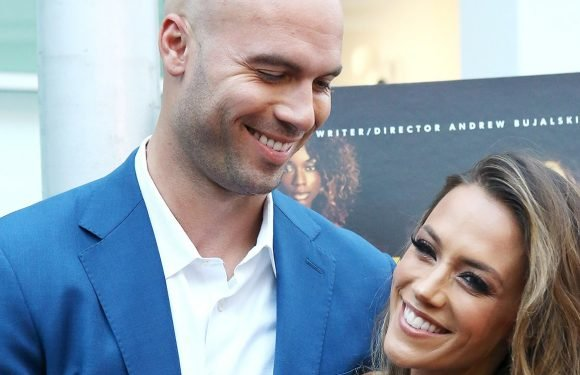 Mike Caussin Cries While Discussing Intimacy Issues With Jana Kramer