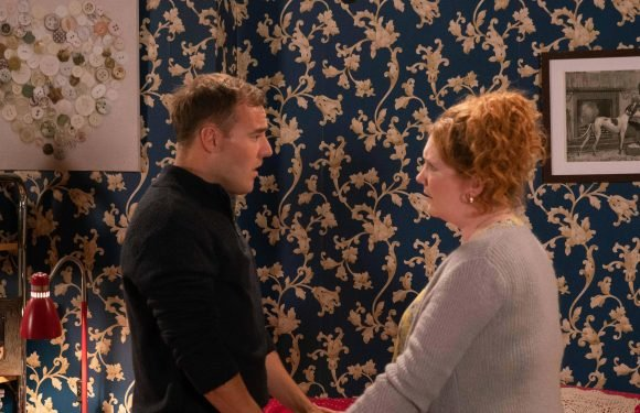 Coronation Street spoilers: Fiz Stape quits Weatherfield with daughter Hope after stand-off with Evelyn Plummer