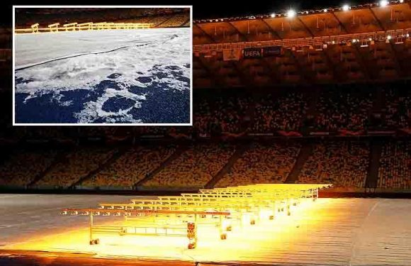 Heaters being used in battle to prepare Kiev pitch for Arsenal game in extreme -7C temperatures