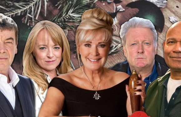 7 sinister Coronation Street suspects who could run over Liz McDonald this Christmas