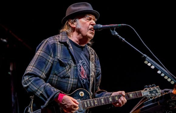 Neil Young: Trump 'Does Not Have My Permission' to Play 'Rockin In The Free World'