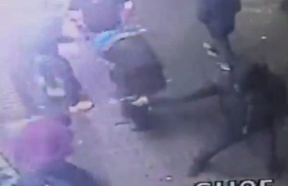 Shocking video shows man shooting into group of people in Harlem