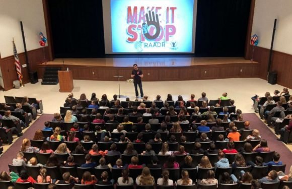 Former WWE wrestler who turned his life around now shares his story with kids