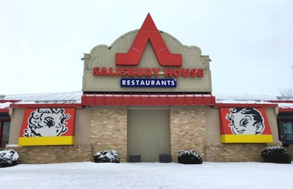 Iconic Winnipeg eatery getting documentary treatment with 'Sals Stories'