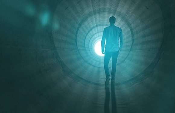 Are near-death experiences hallucinations?