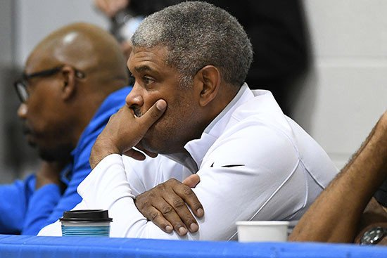 Knicks' summer plan may not include a free-agent splash