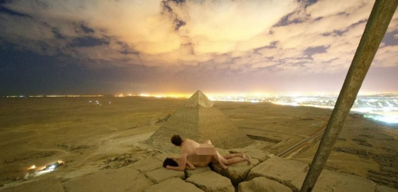 Photo of couple romping on Egypt's Great Pyramid may have been FAKED