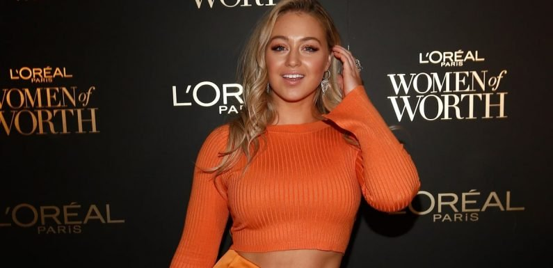 Iskra Lawrence's Latest Red Carpet Look Is Every Bit Cozy and Chic