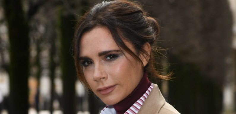 Victoria Beckham Auctioning Personal Styling Session In Elton John 'AIDSfree' Christmas Fundraiser