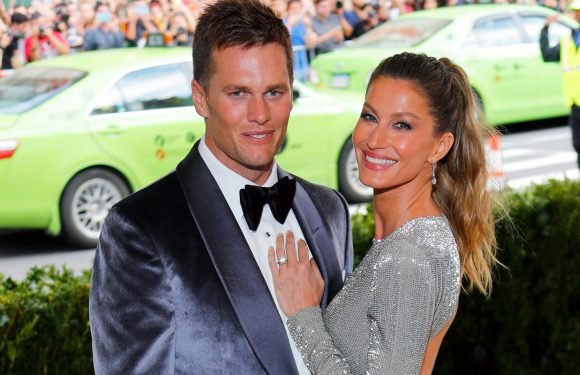 Gisele Bündchen keeps the Patriots celebrations coming