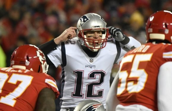 N.F.L. Playoffs Live: New England Patriots vs. Kansas City Chiefs Updates and Analysis