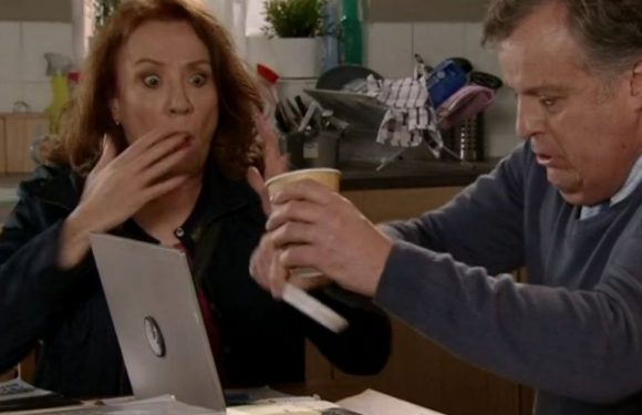 Corrie viewers spot Brian's awkward rice blunder in disastrous scenes