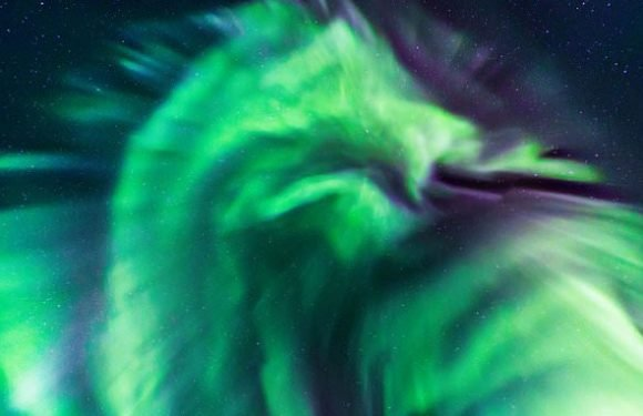 Fire-breathing dragon spotted in incredible display of Northern Lights