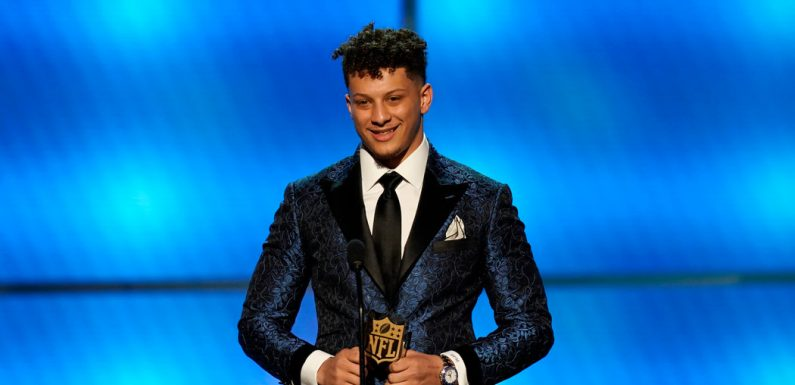 On N.F.L. Awards Night, a Young M.V.P. Named Mahomes and 8 New Hall of Famers