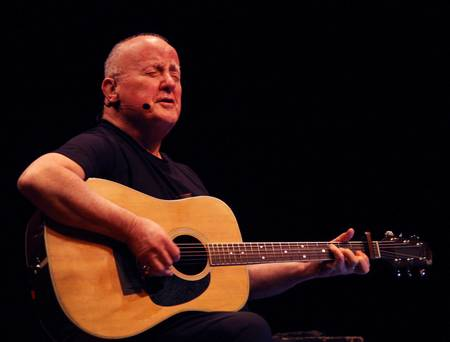 Christy Moore opens up about 'shocking experience' of father's death when he was just 11 years old
