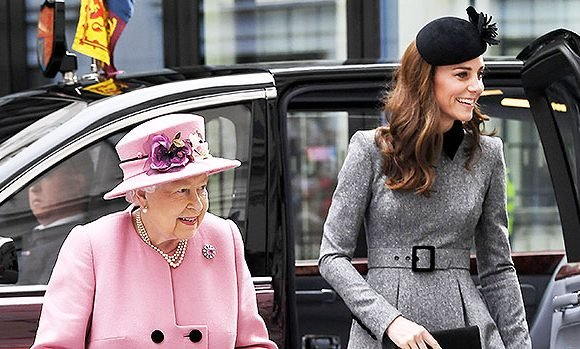 Kate Middleton Joins The Queen On Rare Appearance Together To Visit King's College — See Pics