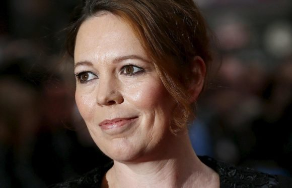 Who does Olivia Colman play in Fleabag and what's the Oscars 2019 winner's age and net worth?