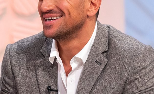 Peter Andre looks unrecognisable with long hair in hilarious '90s throwback