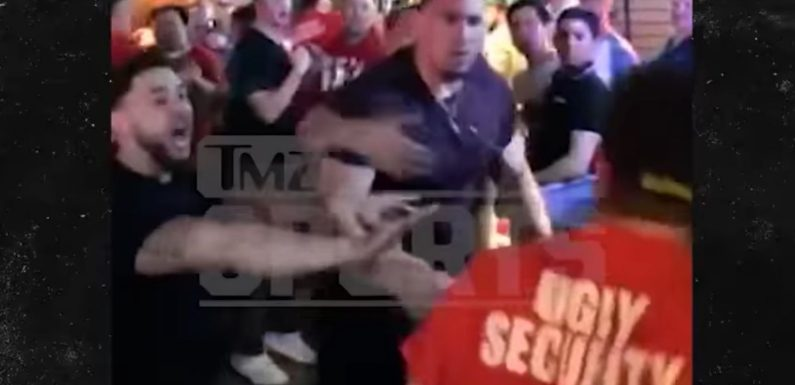 Coyote Ugly's Security Wasn't Very Effective At Stopping Cowboys Lineman Tyrone Crawford