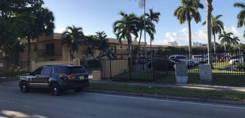 Man who allegedly killed wife, 10-year-old daughter with machete arrested in Florida, police say