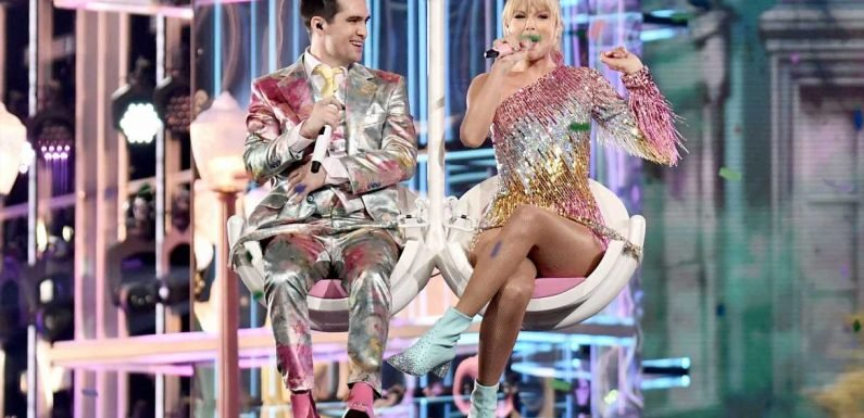 Billboard Music Awards 2019: Taylor Swift, Brendon Urie Perform 'ME!' Live for First Time