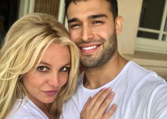 Britney Spears' Boyfriend Sam Asghari Is 'Very Sweet and Protective' of Her, Says Source