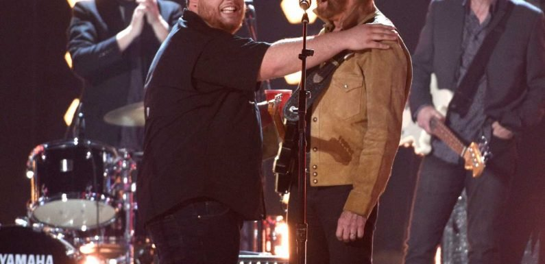 Brooks & Dunn to Sing With Luke Combs, Midland for 'CMT Crossroads'