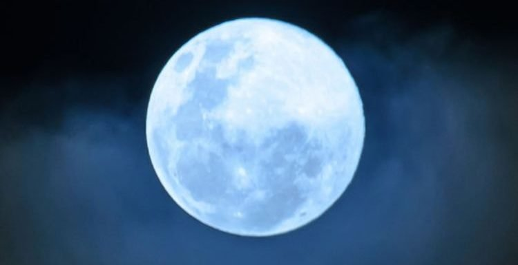 Blue Moon 2019: The FINAL Blue Moon of the year rises TONIGHT – Don't miss it!