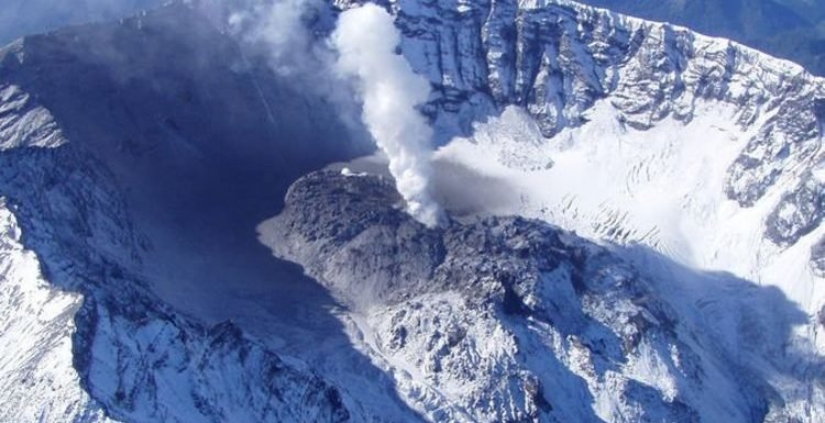Mount St Helens: How 'dreadful discovery' by USGS showed volcano RISING 5ft a DAY