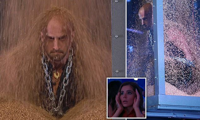 BGT final: Jonathan Goodwin appears to get TRAPPED in a box of grain