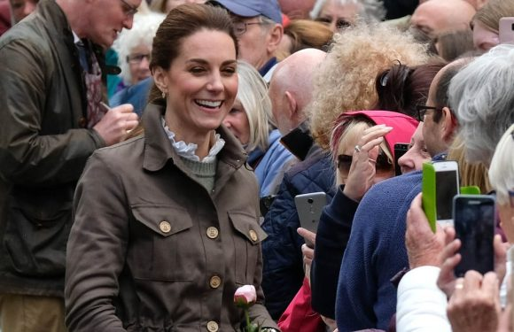 """Kate Middleton Sports the """"Country Wife"""" Look For Her Latest Outing"""