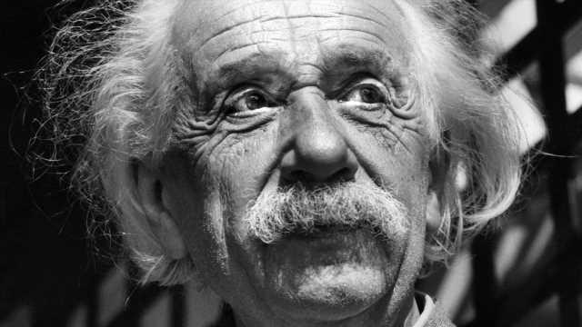 God 'does not play dice with the universe,' Einstein writes in letter up for auction