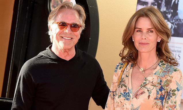Don Johnson, 69, takes rare photo with wife of 20 years Kelley Phleger