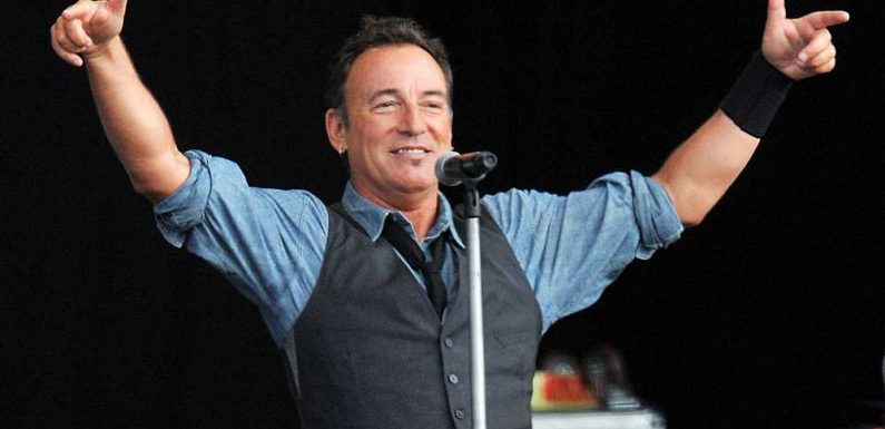 Flashback: Bruce Springsteen Plays a Stripped-Back 'Thunder Road' in 2012