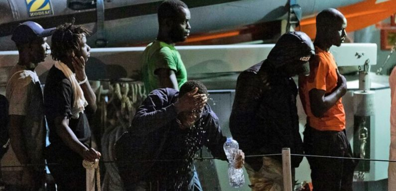 Europe ministers meet in Paris on divisive migrant issue