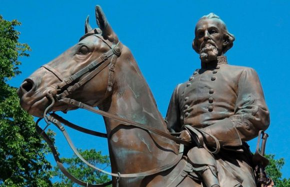 Tennessee governor signs bill honoring Confederate general, early KKK member