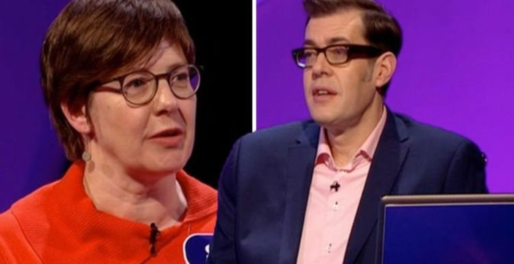 Pointless: 'No way' Richard Osman taken aback as contestant reveals connection to hosts