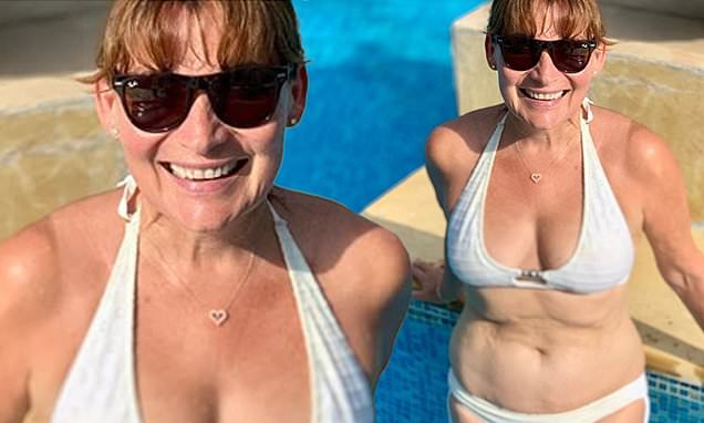 Lorraine Kelly, 59, shows off her bikini body in unfiltered snap