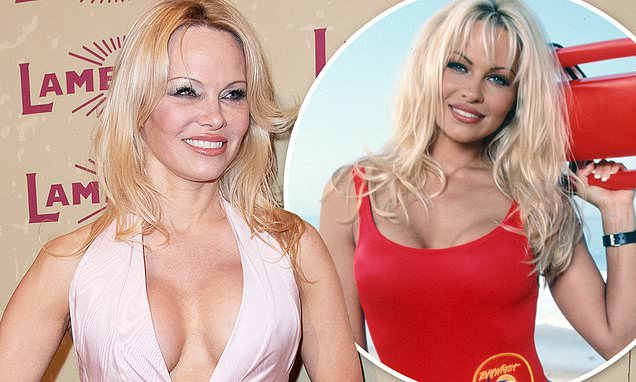 Pamela Anderson surprises her dates with her Baywatch swimsuit