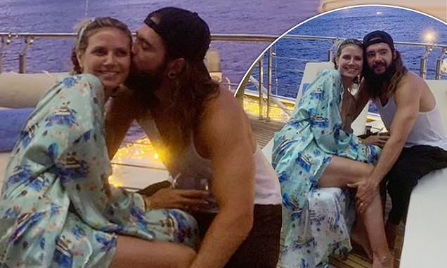 Heidi Klum embraces husband Tom Kaulitz in sweet throwback snaps