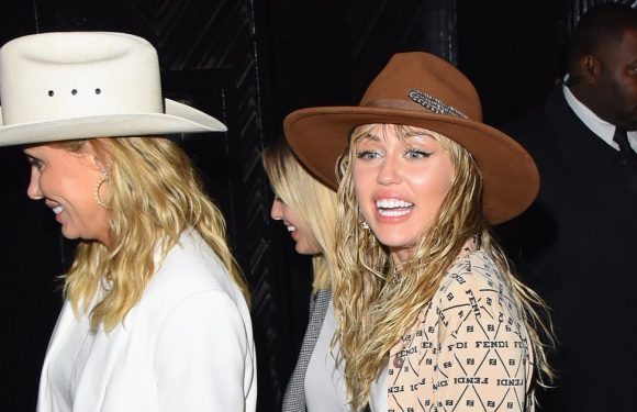 Miley Cyrus and Her Mom Adorably Wore Matching Cowboy Hats to the VMAs Afterparty