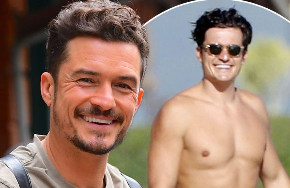 Orlando Bloom says his penis 'isn't that big' after those full-frontal snaps
