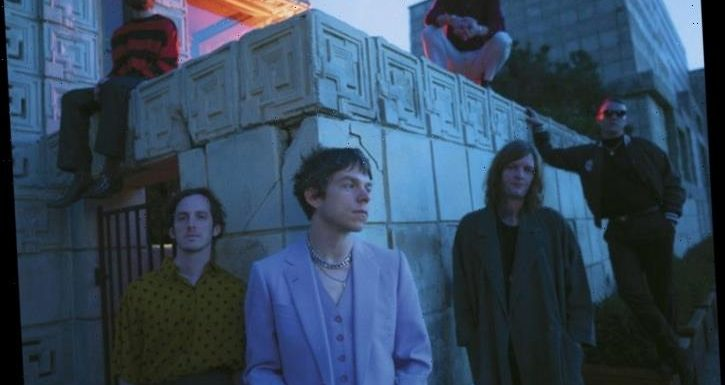 Cage The Elephant Earn Fifth Rock Airplay No. 1 With 'Social Cues'