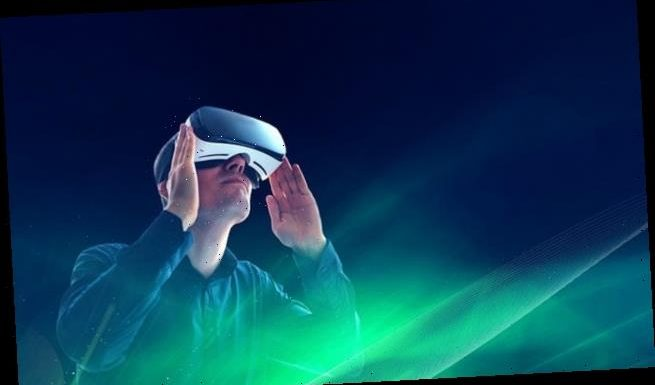 Watching virtual reality scenes could help ease chronic pain symptoms
