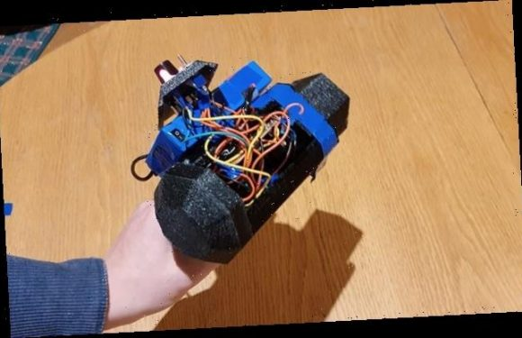 Scottish teenager builds a laser gun in his bedroom using a 3D printer
