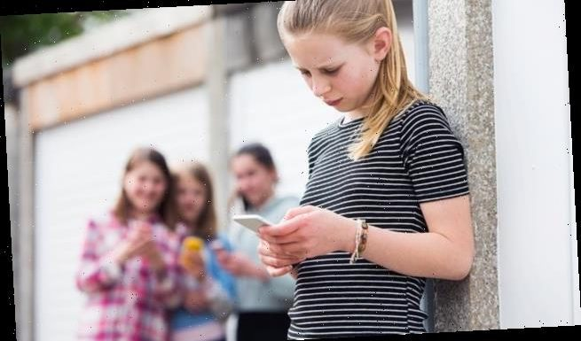 One in four children are 'addicted to their smartphones'