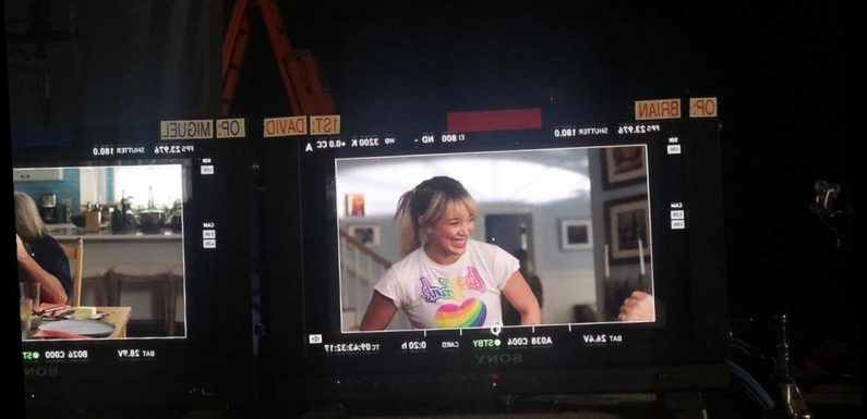 Hilary Duff Shares Another Behind-the-Scenes Shot from Lizzie McGuire Reboot: 'Somebody Wake Me'