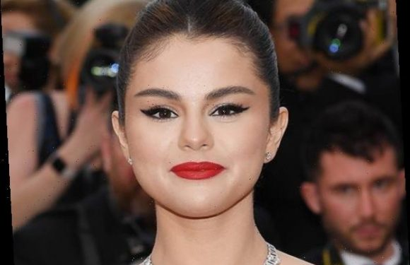 Selena Gomez Has the Best Reaction After Scoring First No. 1 Song